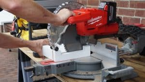 How to Choose a Miter Saw